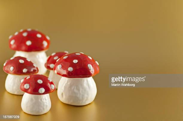 Mushrooms on gold
