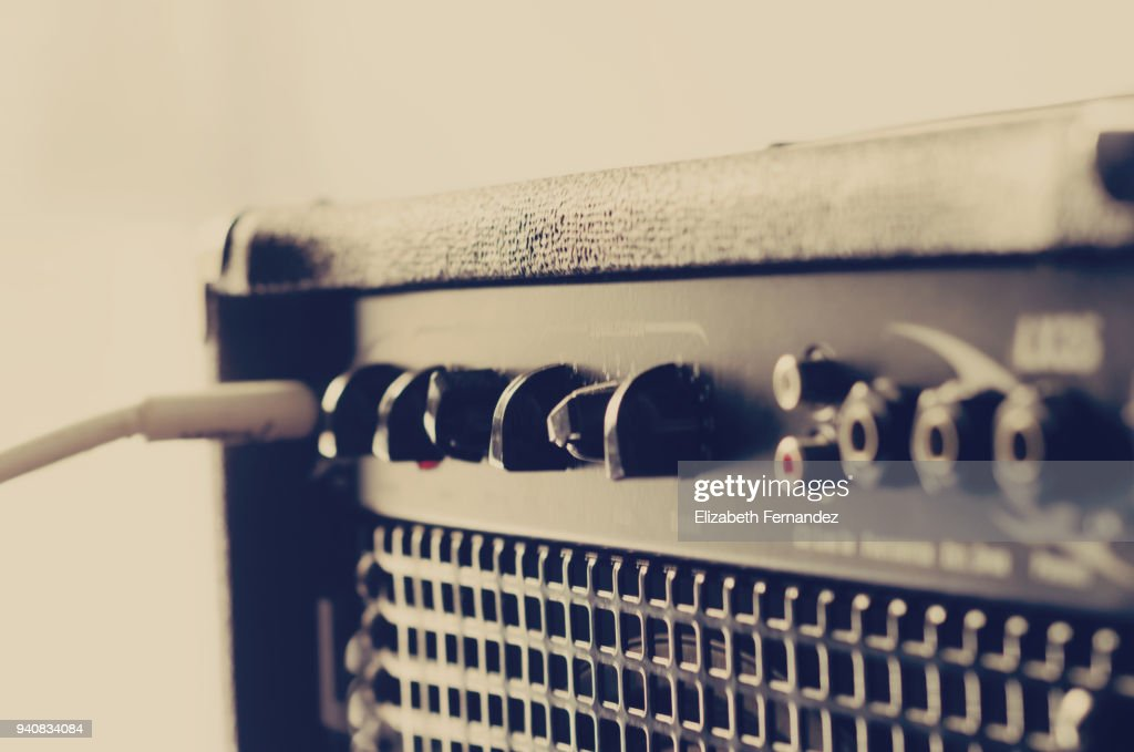 Music amplifier with electric guitare and cable : Stock Photo