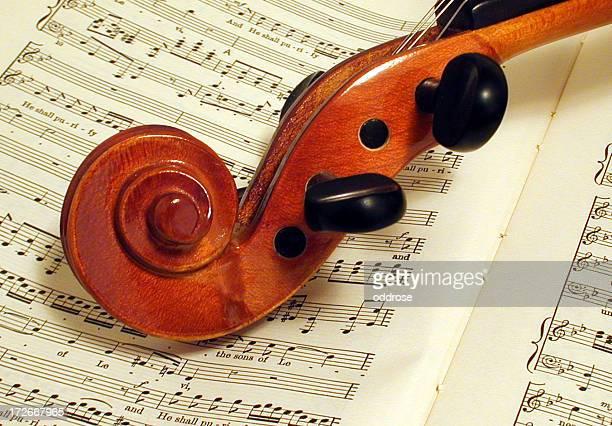音楽とバイオリンを演奏 - ジョージ ヘンデル ストックフォトと画像
