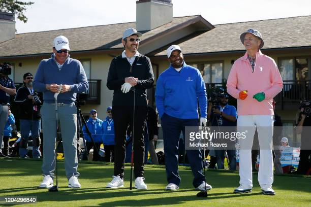 Music artist Clay Walker actor Ray Romano actor Alfonso Ribeiro and actor Bill Murray laugh prior to the 3M Celebrity Challenge prior to the ATT...