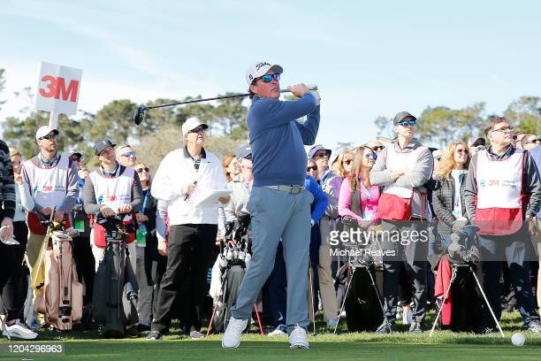 Music artist Clay Walker plays his shot from the first tee during the 3M Celebrity Challenge prior to the ATT Pebble Beach ProAm at Pebble Beach Golf...