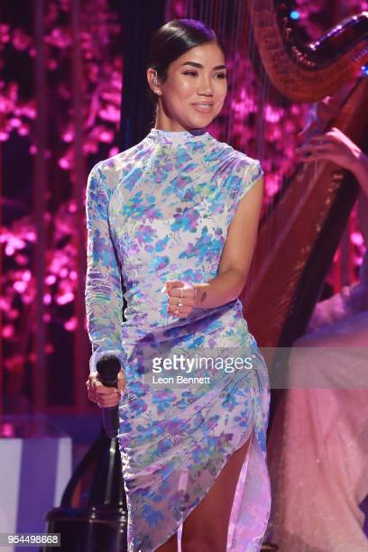 Music artist Jhene Aiko and performs onstage during VH1's 3rd Annual Dear Mama A Love Letter To Moms Inside Show at The Theatre at Ace Hotel on May 3...