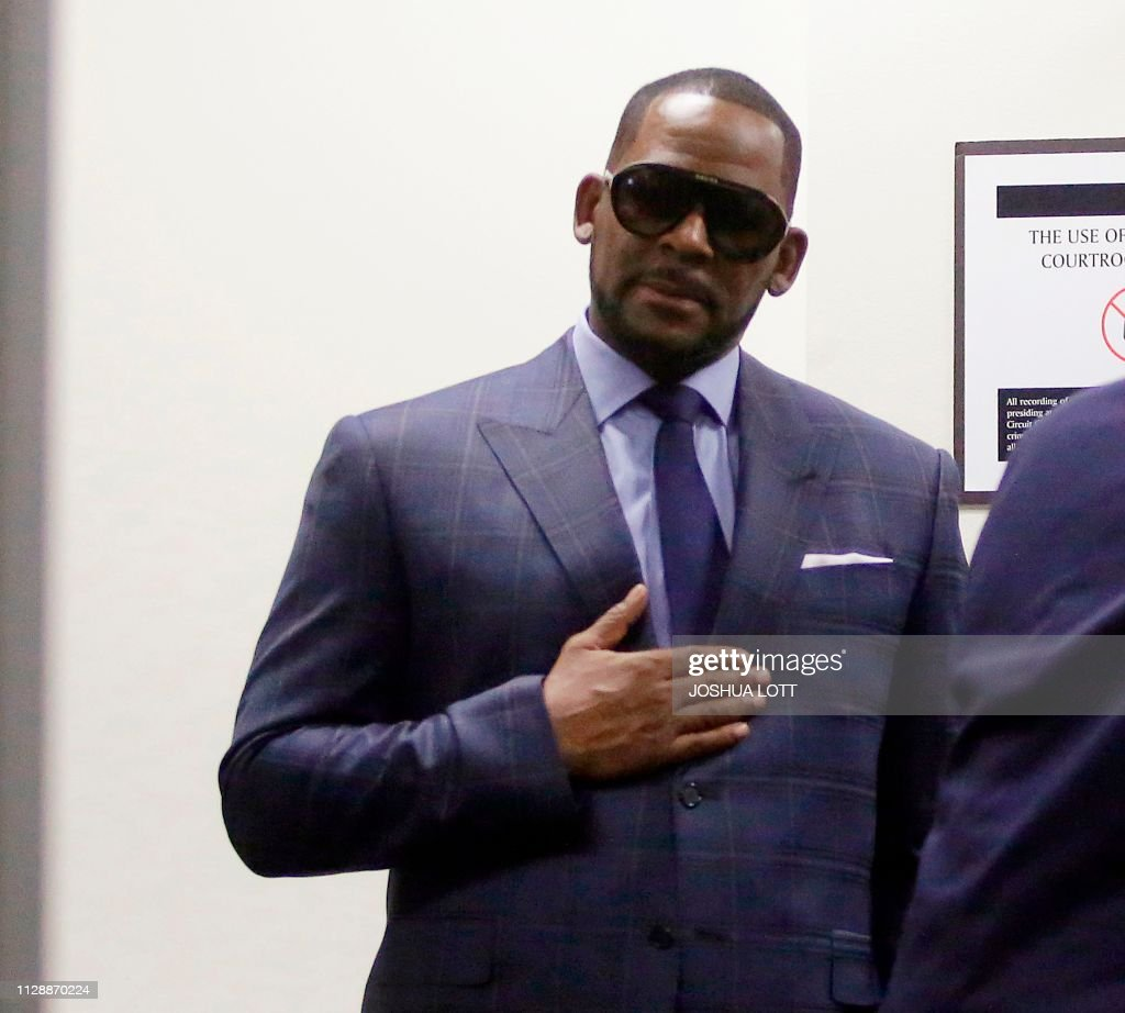 US-ENTERTAINMENT-MUSIC-ASSAULT-RKELLY : News Photo