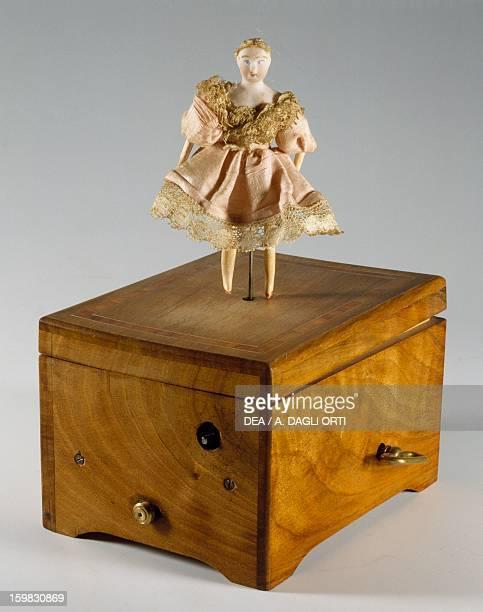 Music box with ballerina France late 19th century Milan Museo Del Giocattolo E Del Bambino
