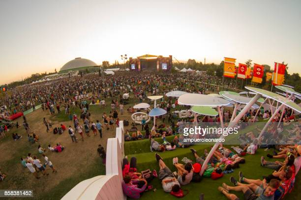 music festival - lollapalooza berlin stock pictures, royalty-free photos & images