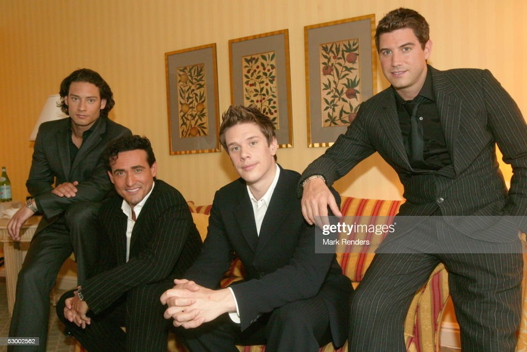 Music group il divo pose for a portrait in the brussels - Divo music group ...