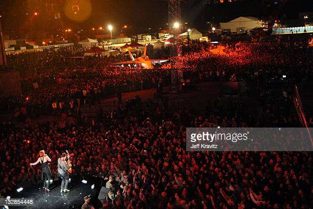 Music group Sugarland performs onstage during 'VH1 Divas Salute the Troops' presented by the USO at the MCAS Miramar on December 3 2010 in Miramar...