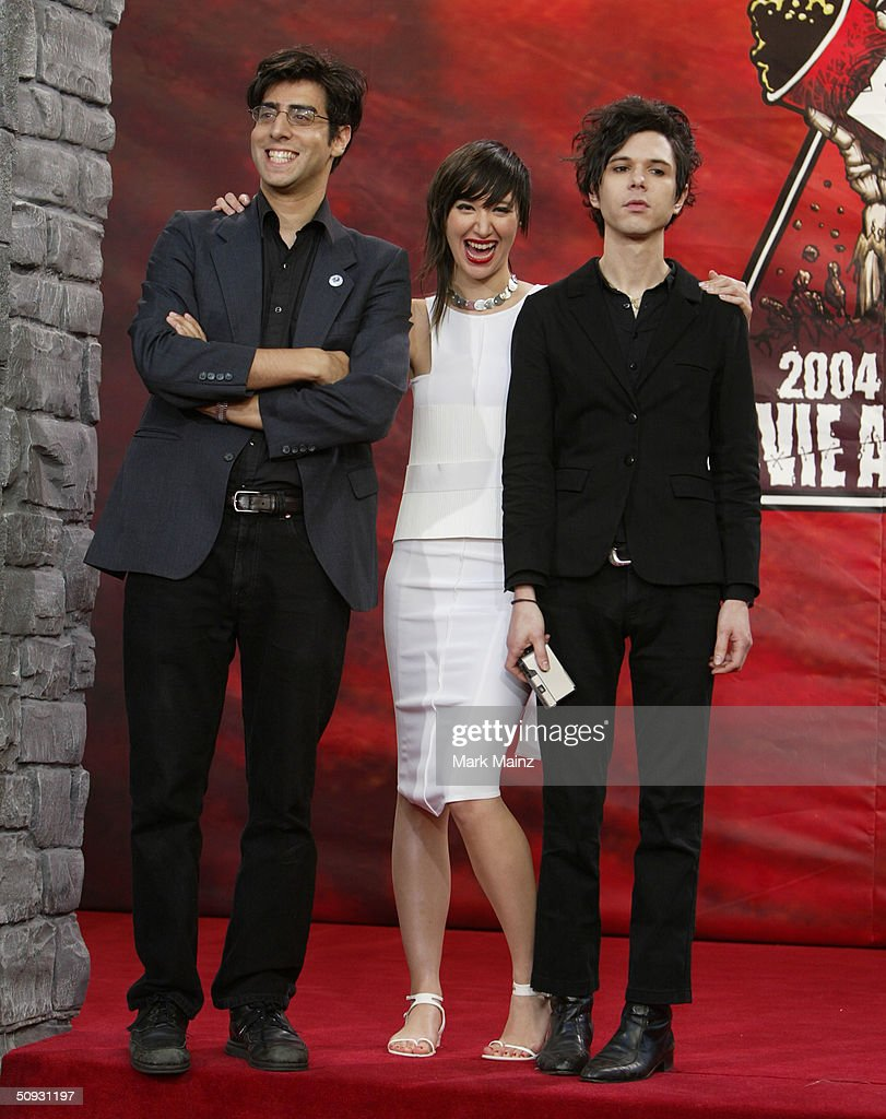 2004 MTV  Movie Awards - Arrivals : News Photo
