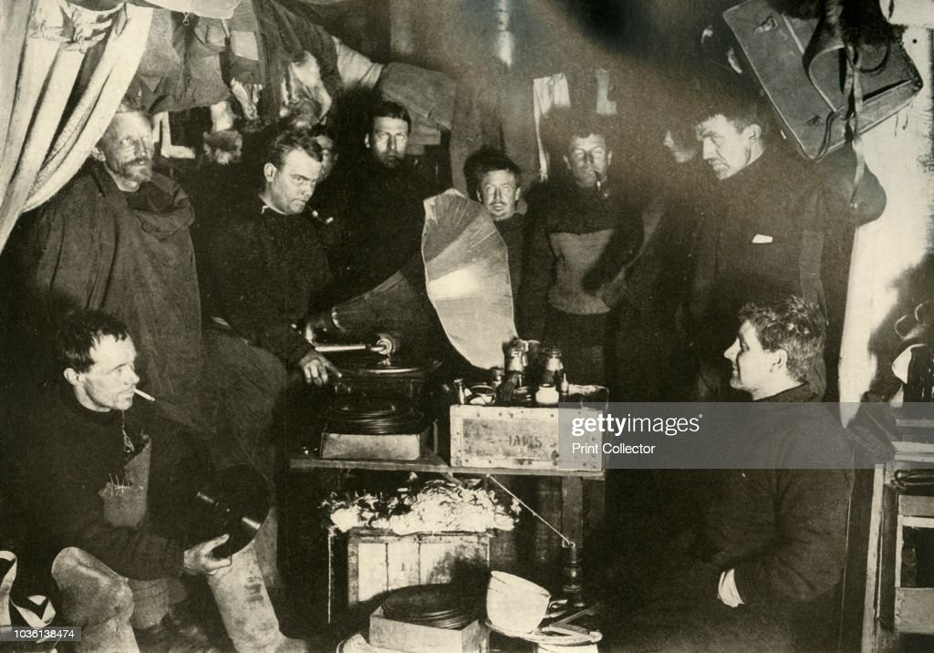 Music In The Hut : News Photo