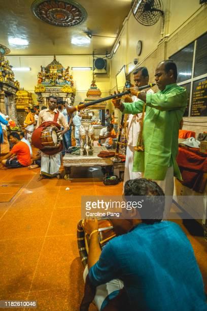 music in worship - caroline pang stock pictures, royalty-free photos & images