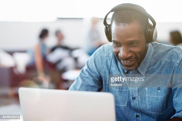 Music makes the office hours fly by