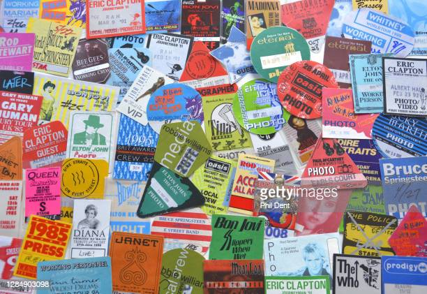 Music memorabilia - A large selection of photo, press and access passes for stadium and arena show artists from the 1980s and 1990s prominently...