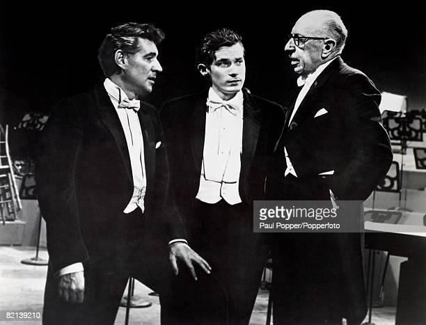 Music, New York, USA, Circa 1960's, Conductor Leonard Bernstein and pianist Glenn Gould listen to composer & conductor Igor Stravinsky during a...