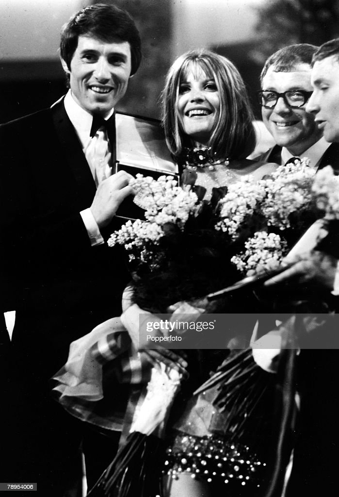 """Music Personalities. pic: 8th April 1967. Vienna. The Eurovision Song Contest. British pop star Sandie Shaw celebrates her victory with the song """"Puppet on a String"""". : News Photo"""