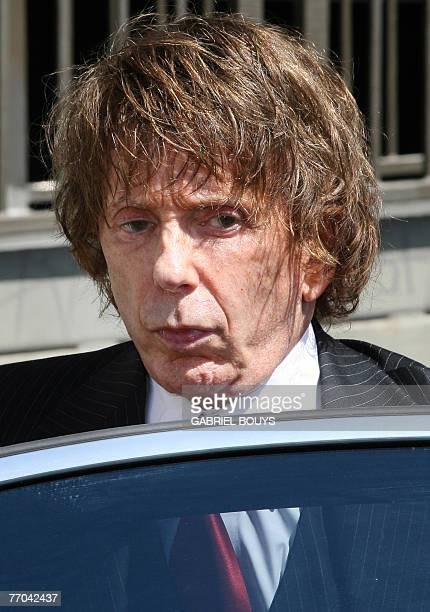 Music producer Phil Spector arrives at the Los Angeles Superior Court 26 September 2007 in Los Angeles A mistrial was declared in the murder court...