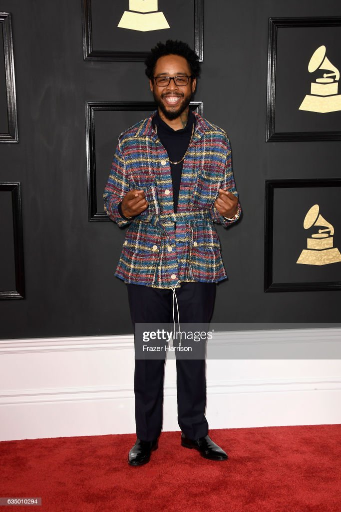 The 59th GRAMMY Awards - Arrivals : News Photo