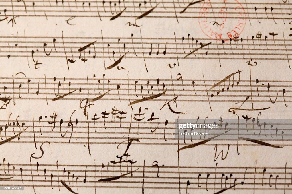 Music score. Wolfgang Amadeus Mozart. : Photo