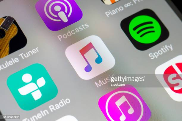 Music, Spotify and other audio apps on cellphone