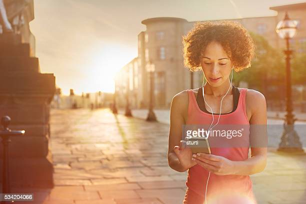 music to inspire - liverpool training stock pictures, royalty-free photos & images