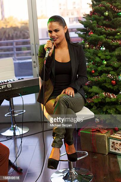Musical Artist and American Idol contestant Pia Toscano attends What's Trending presents the 1st annual TubeATweetAThon benefiting Covenant House on...