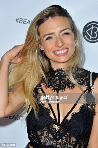 Musical artist Kirsten Collins attends the 5th Annual Beautycon Festival Los Angeles at Los Angeles Convention Center on August 13 2017 in Los...