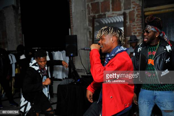 Musical group WAV3POP performs with King Solo at Karen Bystedt's 'Kings And Queens' exhibition on March 9 2017 in Los Angeles California