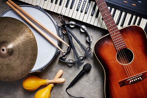 musical instruments 894058154