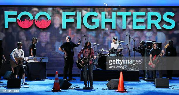 Musican Dave Grohl of the Foo Fighters performs for a soundcheck during the final day of the Democratic National Convention at Time Warner Cable...
