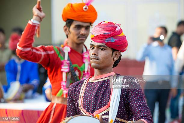 musican performs at the gangaur festival in jaipur, rajasthan, india - gangaur stock pictures, royalty-free photos & images