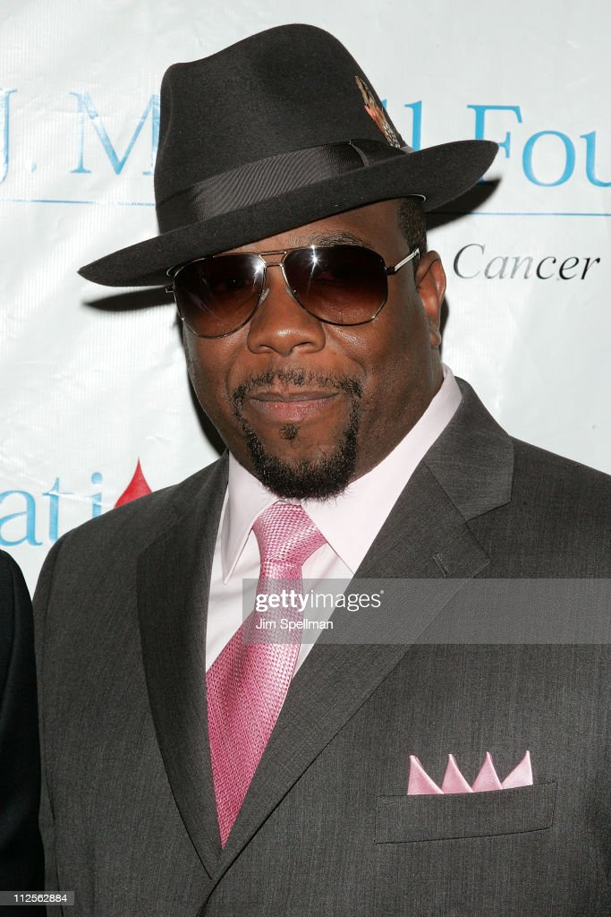 Musican Wanya Morris of Boyz II Men arrives at the 32nd Annual T.J. Martell Foundation Gala at the New York Hilton and Towers On October 23, 2007 in New York City.