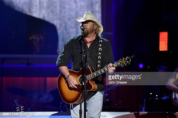 Musicial artisit Toby Keith performs onstage during the 10th Annual ACM Honors at the Ryman Auditorium on August 30 2016 in Nashville Tennessee