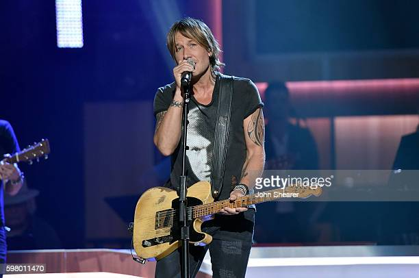 Musicial artist Keith Urban performs onstage during the 10th Annual ACM Honors at the Ryman Auditorium on August 30 2016 in Nashville Tennessee