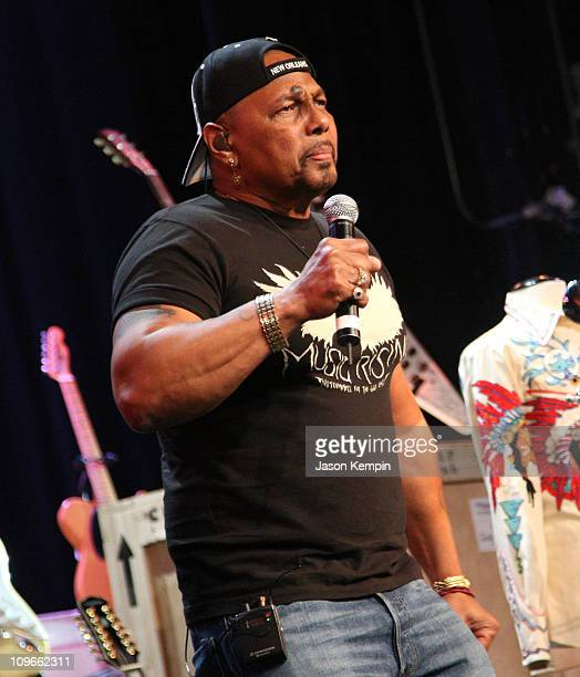 Musician Aaron Neville performs during the Icons Of Music II Auction Benefitting Music Rising at The Hard Rock Cafe New York on May 31 2008 in New...