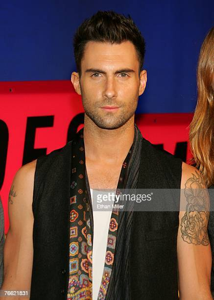 Musician Adam Levine of Maroon 5 arrives at the 2007 MTV Video Music Awards held at The Palms Hotel and Casino on September 9 2007 in Las Vegas Nevada
