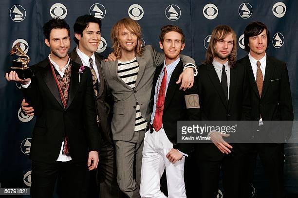 Musician Adam Levine Ryan Dusick James Valentine Jesse Carmichael Mickey Madden and Matt Flynn of the group Maroon 5 pose with the Best Pop...
