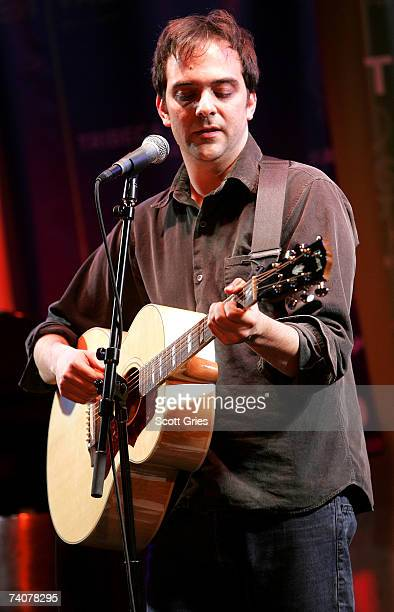 Musician Adam Schlesinger performs onstage at the ASCAP / Tribeca Music Lounge at The 2007 Tribeca Film Festival on May 4 2007 in New York City