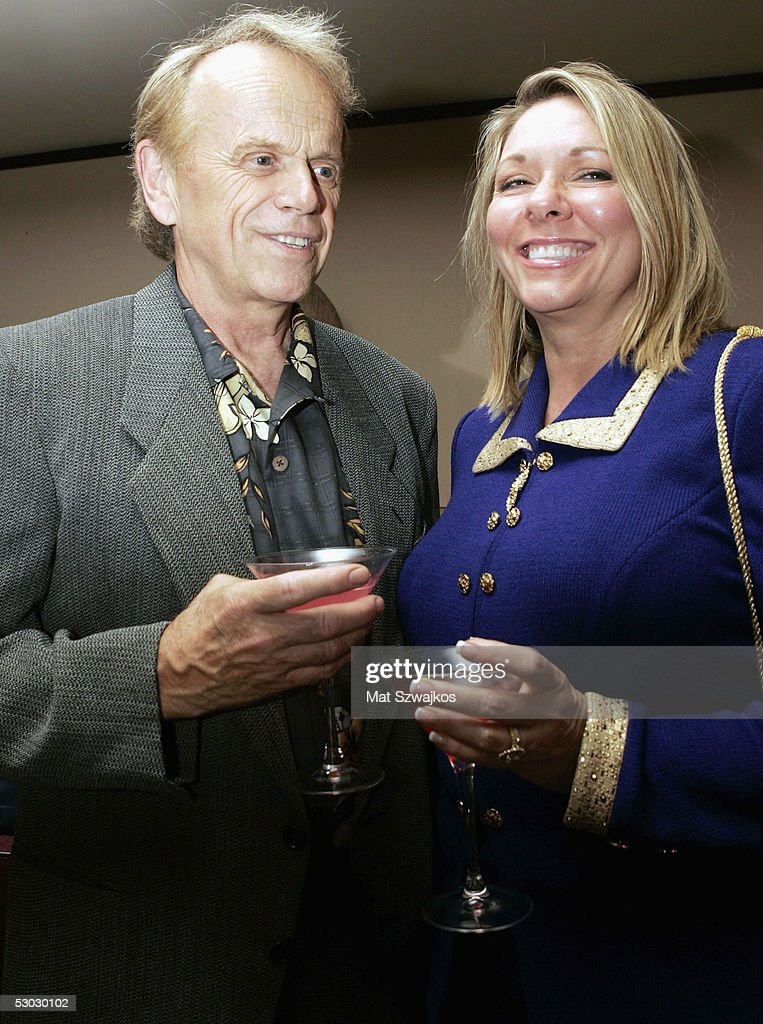 Al Jardine with cheerful, Wife Mary Ann Helmandollar