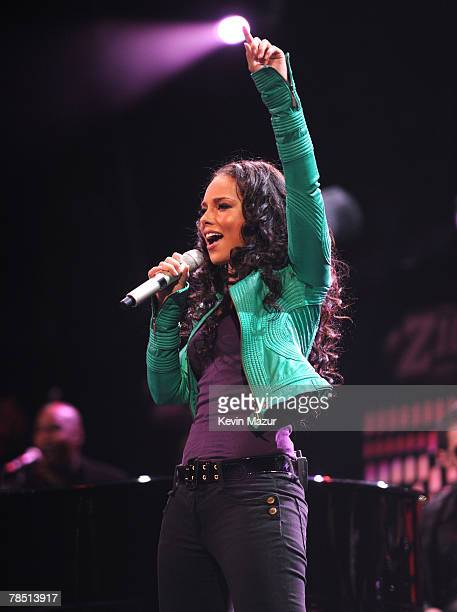 Musician Alicia Keys performs at Z100's Jingle Ball 2007 at Madison Square Garden on December 14 2007 in New York City
