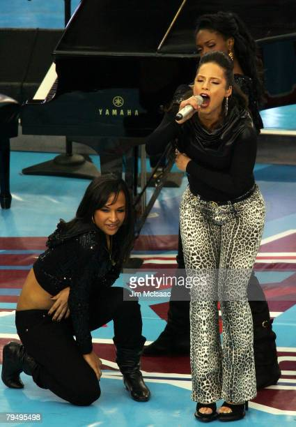 Musician Alicia Keys performs before Super Bowl XLII between the New York Giants and the New England Patriots on February 3, 2008 at the University...