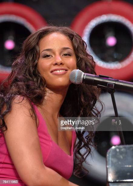 Musician Alicia Keys performs during Live Earth New York at Giants Stadium on July 7 2007 in East Rutherford New Jersey