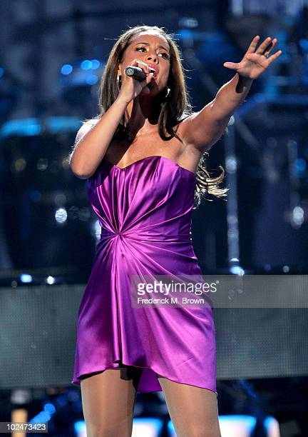 Musician Alicia Keys performs onstage during the 2010 BET Awards held at the Shrine Auditorium on June 27 2010 in Los Angeles California