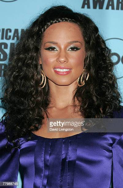 Musician Alicia Keys poses in the press room at the 2007 American Music Awards held at the Nokia Theatre LA LIVE on November 18 2007 in Los Angeles...