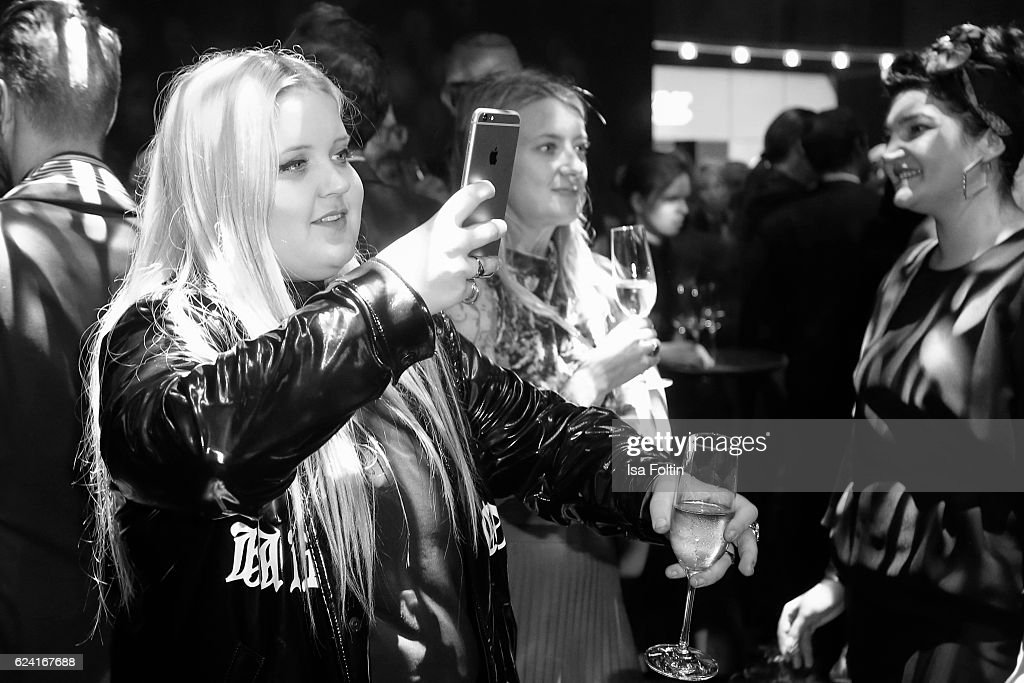 Musician Alma makes a selfie during the Bambi Awards 2016 party at Atrium Tower on November 17, 2016 in Berlin, Germany.