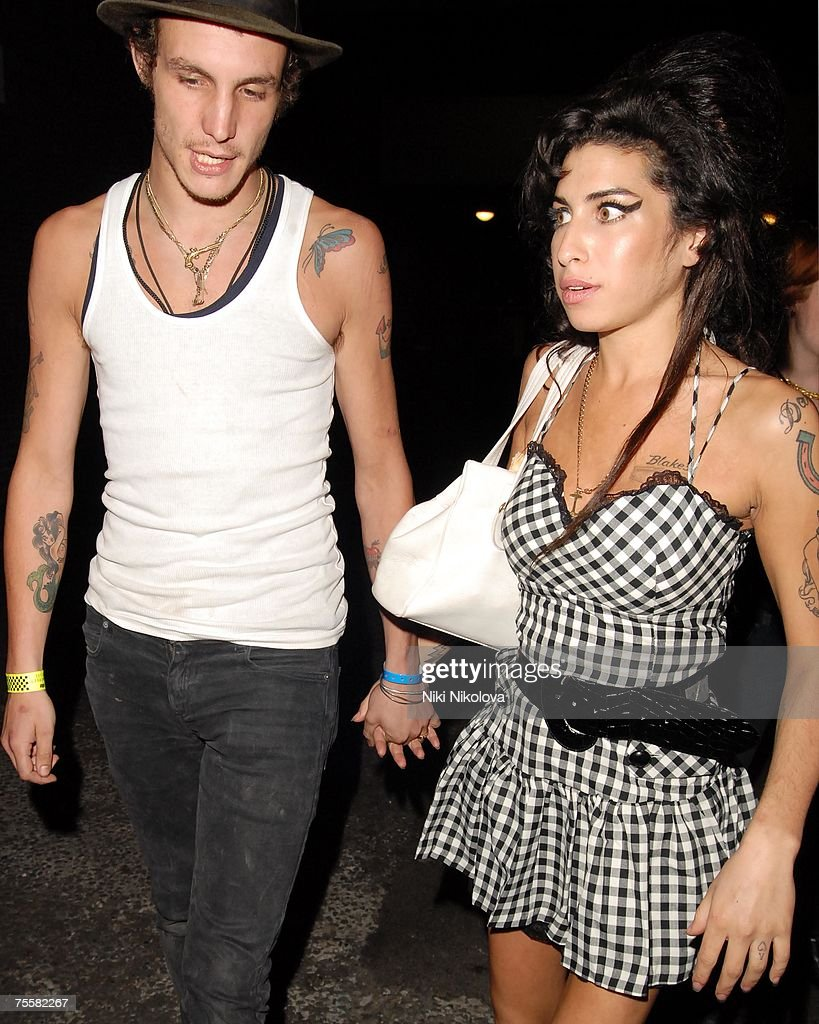 Musician Amy Winehouse And Her Husband Blake Fielder Civil Leave The News Photo Getty Images