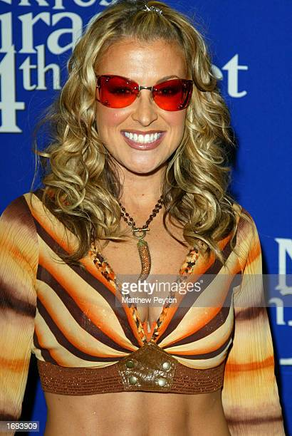 Musician Anastacia arrives at the 'Miracle On 34th Street' Concert at Madison Square Garden December 18 2002 in New York City New York