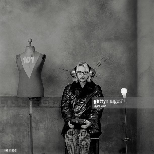 Musician and cofounder of the Eurythmics Dave Stewart is photographed on April 21 1998 in Hamburg Germany