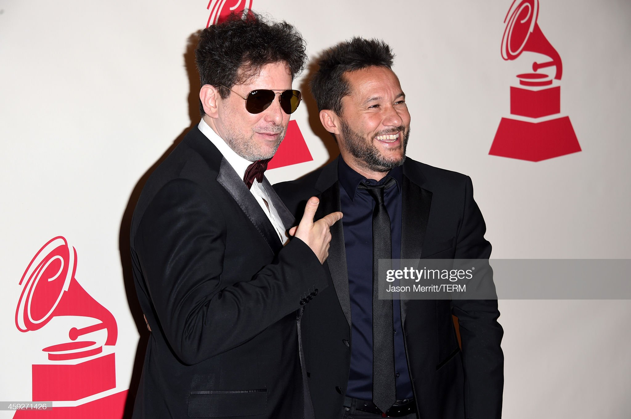 ¿Cuánto mide Andrés Calamaro? - Altura Musician-andres-calamaro-and-singer-diego-torres-attend-the-2014-of-picture-id459271426?s=2048x2048