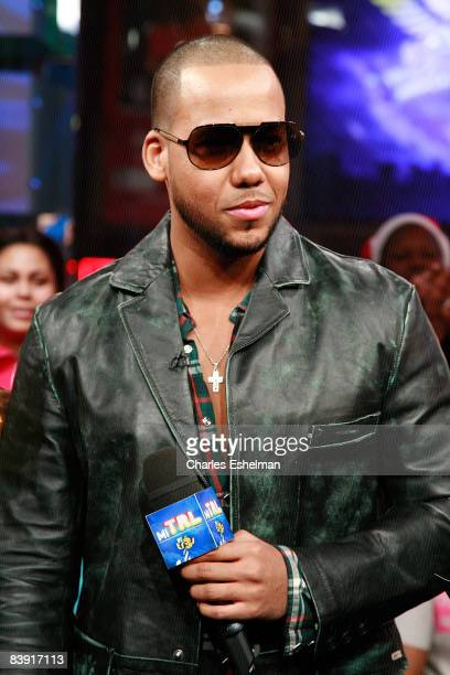Musician Anthony Santos of the bachata pop band Aventura visits MTV's Mi TRL at the MTV studios in Times Square on November 10 2008 in New York City