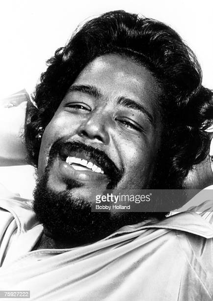 Musician Barry White poses for a portrait circa 1977 in Los Angeles California