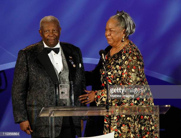 Musician BB King and actress Della Reese at the Hollywood Bowl Opening Night Gala on June 20 2008 in Hollywood California